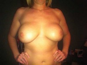 Marie-victoria naked escorts in Cudworth